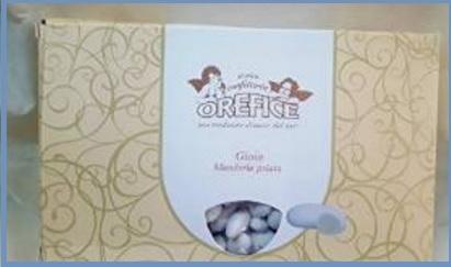 Confetti con mandorla bianco perla per le nozze