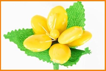 Fiori con confetti di sulmona