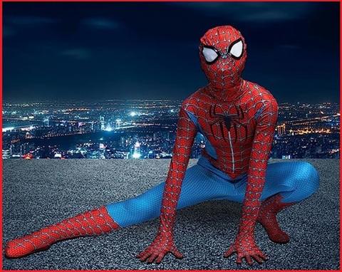 Costume intero di carnevale uomo ragno