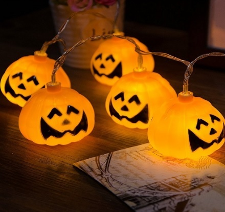 Illuminazione divertente per halloween a forma di zucca