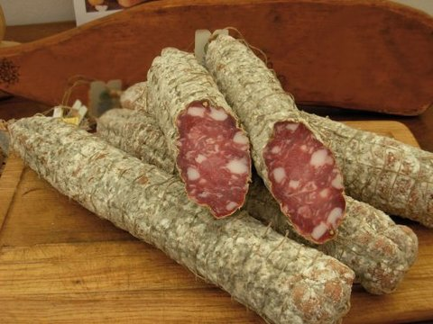 Salame Con Lardelli Casereccio