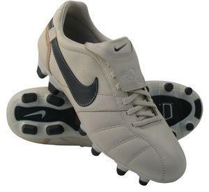 Nike - tiempo brasileiro fg perla