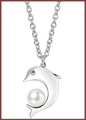 Collana da donna con pendente un delfino