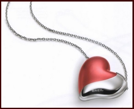 Collana con pendente a forma di cuore breil