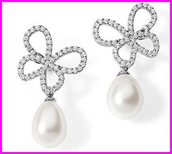 Orecchini a forma di farfalla con perla