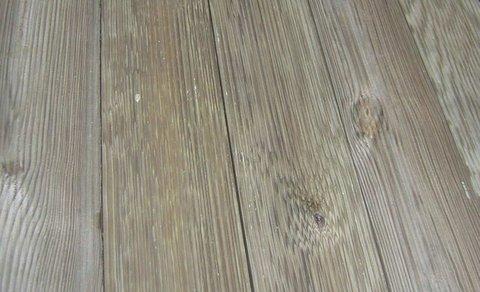 Pavimento in legno tradizionale