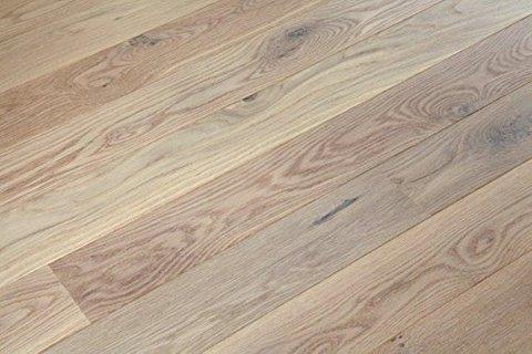 Pavimento artistico con parquet in legno