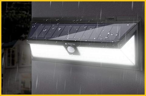 Faretti Energia Solare Da Balcone