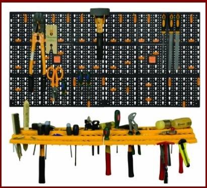 Pannello portautensili da ferramenta con tanti ganci
