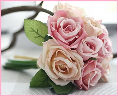 Composizione floreale con vaso grande
