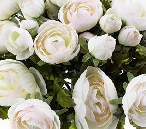 Ranuncoli bianchi artificiali composizione floreale