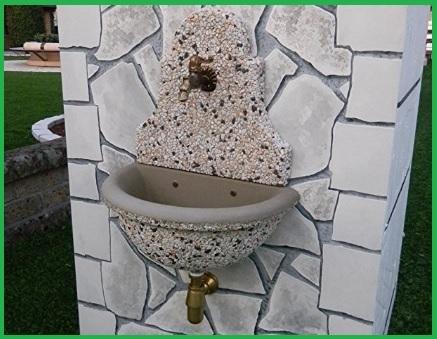 Fontana tradizionale elegante con illuminazione grandi sconti