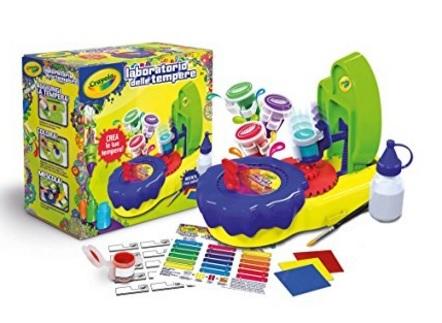Laboratorio delle tempere per giocare e divertirsi