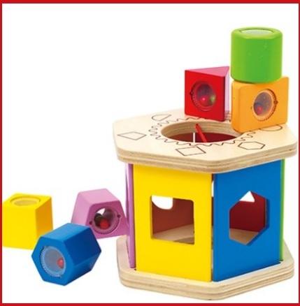 Gioco educativo e dinamico in legno e colorato per bambini