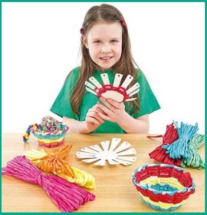 Kit per poter creare cestini colorati per bambini