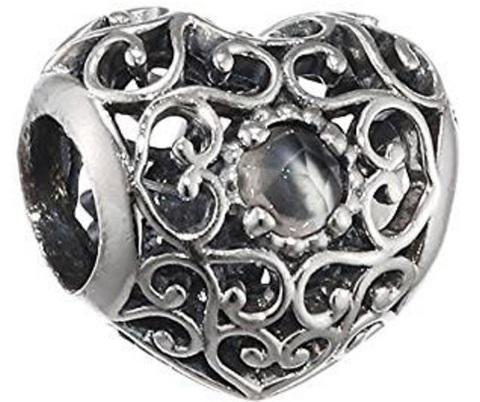 Charm pandora cuore con al centro pietra di luna