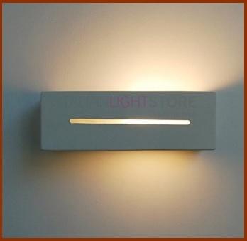 Lampada sospesa e moderna per parete in ceramica