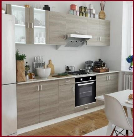 Cucina moderna in quercia chiaro con anta a telaio