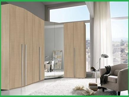 Camera classica patinato bianco con armadio ad angolo
