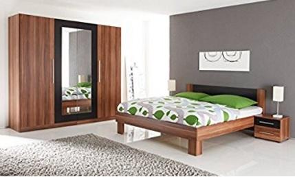 Camera da letto completa in noce di imitazione elegante