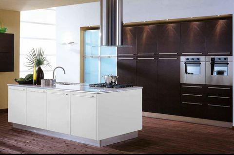 Cucina moderna pvc rovere moro e bianco opaco roma - Cucina bianco opaco ...