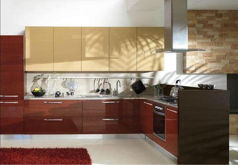 Cucina angolare tempera legno rovere rosso e giallo roma for Ingrosso oggettistica cucina