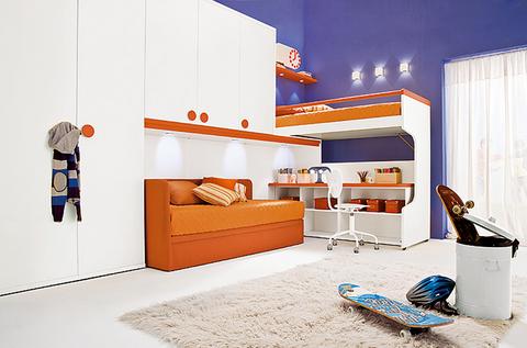 Cameretta bianca con rifiniture arancioni roma grandi for Ingrosso arredamenti roma