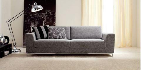 Divano grigio chiaro idee per il design della casa - Divano grigio chiaro ...