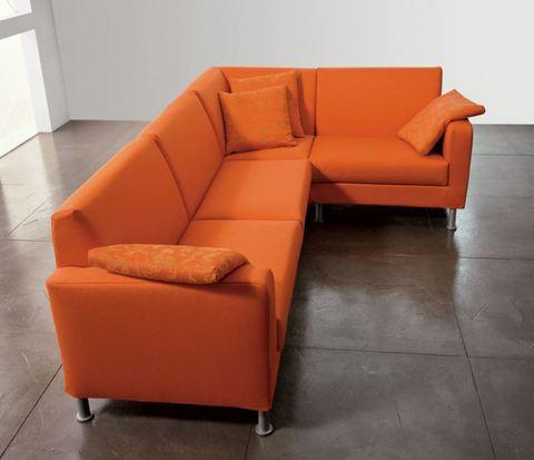 Divano angolare arancione roma