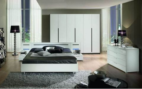 Camera moderna bianca armadio ante battente roma