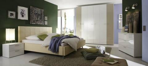 Camera matrimoniale colori tenui lc mobili lazio