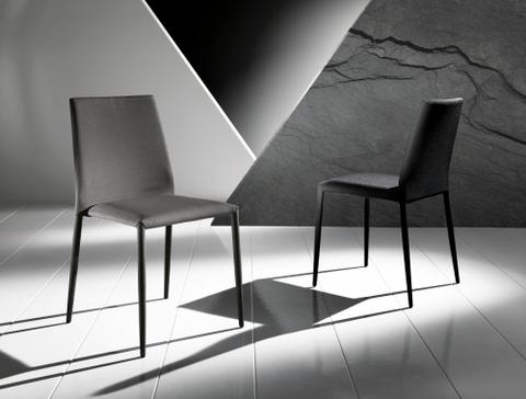 Sedia in texplast spessorato grigio/nero maxhome roma