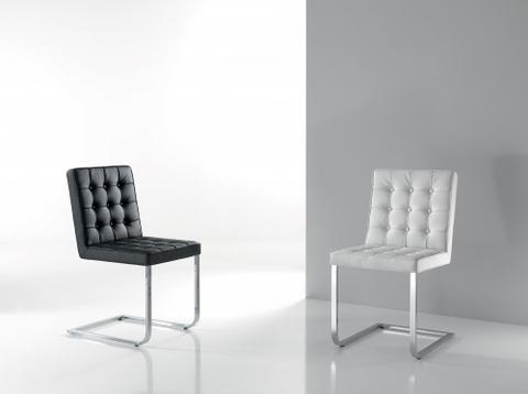 Sedia in ecopelle bianco o nero in offerta roma