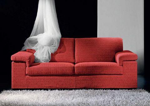 Divano in stoffa rosso due posti stilfaritalia frosinone