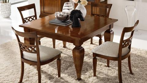 Tavolo quadrato in legno massello devinanais roma