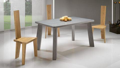 Tavolo in rovere finitura grigio roma