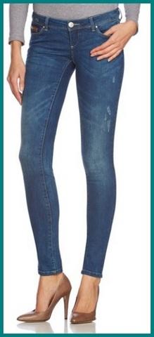 Jeans blu alla moda