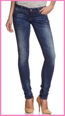 Jeans classici per donna alla moda