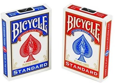 Due mazzi di carte per poter fare trucchi magici