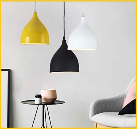 Lampada in alluminio e colorata moderna
