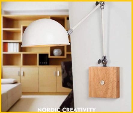 Lampada in legno lettura