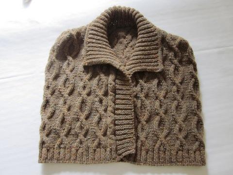 Coprispalle in lana colore marrone