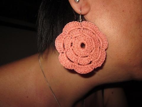 Mono orecchino a fiore