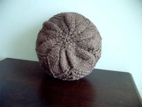 Cappello in lana ai ferri