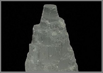 Selenite torre naturale