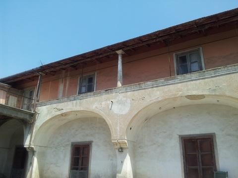 Villa di briano fabbricato area edificabile b1