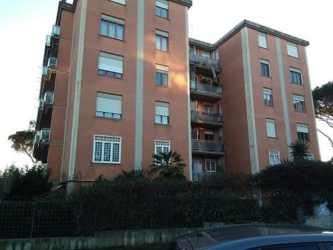 Roma labaro appartamento
