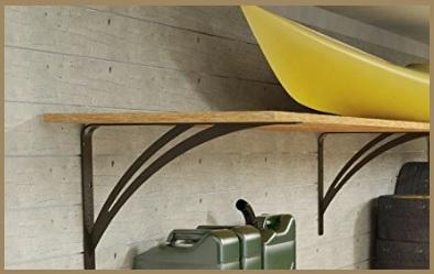 Mensola in legno per garage