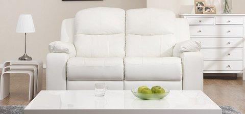 Divano o sofà in pelle