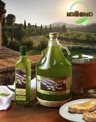 Olio extravergine di oliva italiano dalla toscana